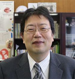 萩原聡 東京都立西高等学校長