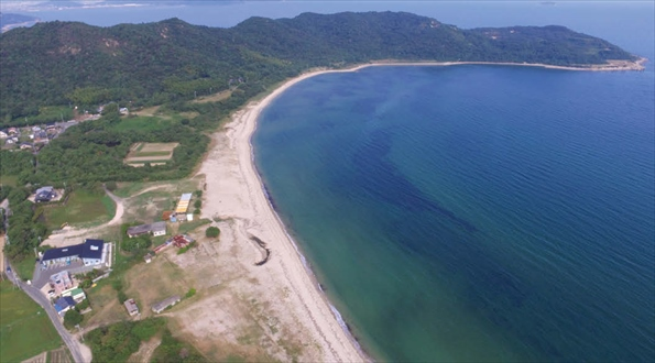 秋穂地域は漁村と農村の二つの顔を持ち、山ではトレッキングやトレイルラン、海ではSUPやカヤックなど、様々コンテンツの展開が可能だ。