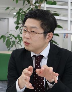 川山竜二 社会情報大学院大学 研究科長・教授