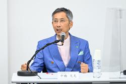 中橋文夫教授