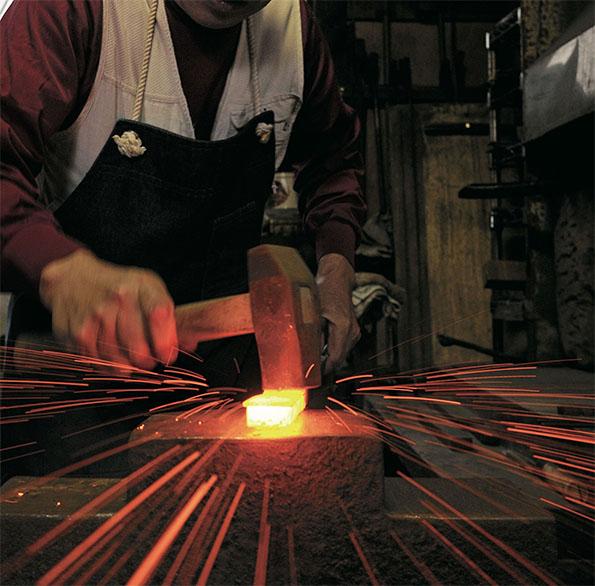 和釘づくりを始めとする鍛冶の技術
